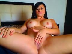 latina-camgirl-babe-with-tight-pussy-masturbate-on-cam