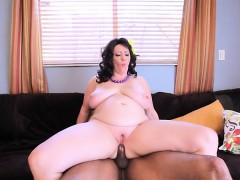 sexy pornstar pussy eating