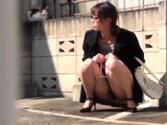 Japanese Cutie Rubs Pussy