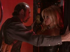 pamela-anderson-barb-wire