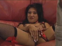 finger-banging-asian-honey