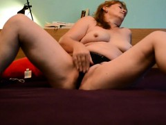 old-milf-makes-her-shaved-pussy-squirt