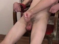 guys-masturbating-straight-shirtless-emo-twink-a-cock-throbb