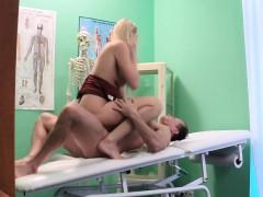 bonde-milf-nurse-fucked-by-doctor