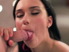 loving blowjob by horny milf – سكس مص و لحس جديد اون لاين