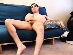 young-amateur-mark-jerks-off
