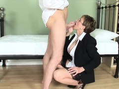 adulterous-british-mature-gill-ellis-pops-out-her-massive-ti