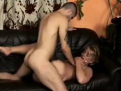Young Perv Makes A Filthy Cougar With One Leg Squeal Loud