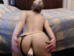 cute-babe-fucking-herself-on-webcam