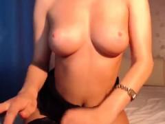 hot-blonde-webcam-girl-dildos-her-pussy
