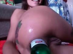boys-and-girls-drink-beer-bottles-hiding