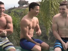 ripped-young-hunks-enjoying-each-others-cocks