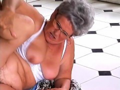 mature-lady-with-glasses-has-a-hairy-peach-craving-for-some-hard-meat