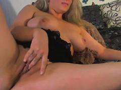 big-tits-blonde-babe-masturbate