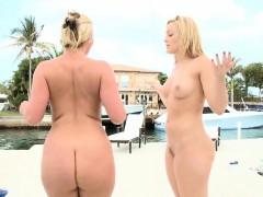 the butt battle! phoenix marie vs. alexis texas