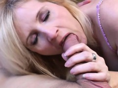 mature-housewife-gets-fucked-by-he-ute-from-1fuckdatecom