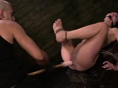 fetishnetwork-kali-kavalli-sybian-slave