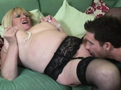 real-mature-mom-fucked-by-her-toy-soledad
