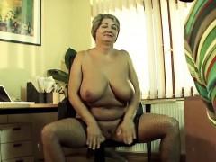 mature-female-on-porn-casting-tonita
