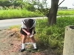 on-her-way-home-a-schoolgirl-takes-a-pee-standing-up-outsi
