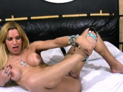 pretty-face-blonde-shemale-strips-off-and-wanks-big-shecock