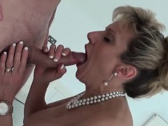 unfaithful-english-milf-lady-sonia-shows-her-large-tits