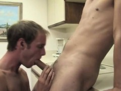 college-boys-having-sex-with-older-men-and-classic-young-tee