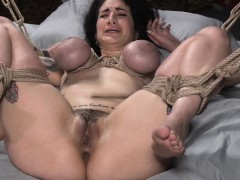 tattooed-interracial-slut-bounded-and-fucked