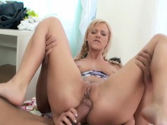 woman anal and creampie