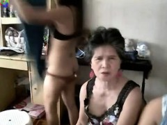 granny-about-the-cam