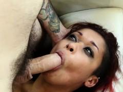 roughsex-loving-ebony-babe-nailed-hard