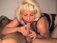 amateur-mom-homemade-anal-and-blow-regenia-from-1fuckdatecom