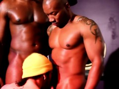 Interracial Studs Triofucking And Juicing