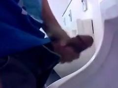 in-public-bathrooms-grabbed-14