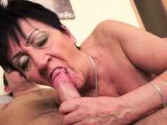 chubby-grandma-creampied-after-fucking