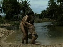 beautiful-couples-fucking-at-the-beachside