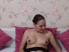 Naughty Shemale Play Her Cock On Cam