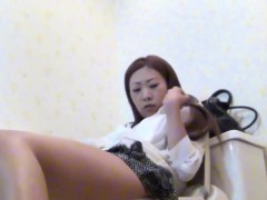 masturbating asian pisses