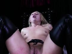 Breathplay Submissive Deepthroats Maledom