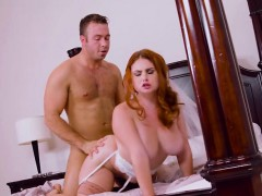 bride-lennox-luxe-gets-dicked-down-by-her-lover