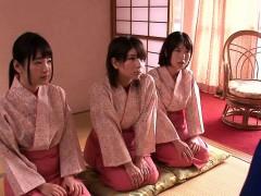 japanese-geishas-cocksucking-in-asian-fourway
