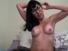 hot-german-mom-with-glasses-voyeur