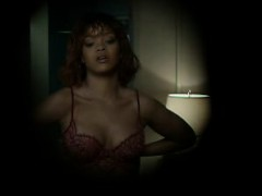 rihanna-hot-in-a-shower-scene