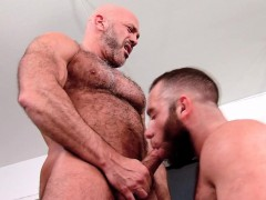 ass-pounded-hung-bear
