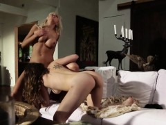 Bigtitted Les Milf Pussylicked By Teen Babe