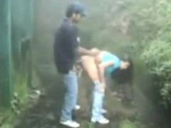 indian-couple-fuck-in-the-rain-deja-from-dates25com
