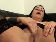 nasty-bitch-is-willing-to-be-humiliated-and-fucked-rough