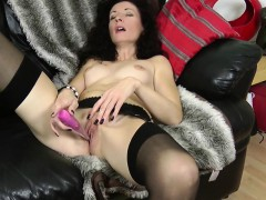 amorous-mom-mama-and-her-hungry-sl-camilla-from-dates25com