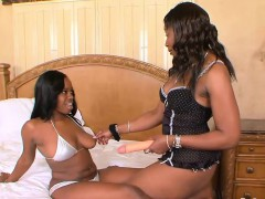hot-girl-on-girl-action-with-two-ebony-lookers