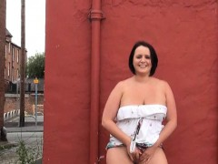 chubby-rookie-minx-sarah-jane-nude-joya-from-dates25com